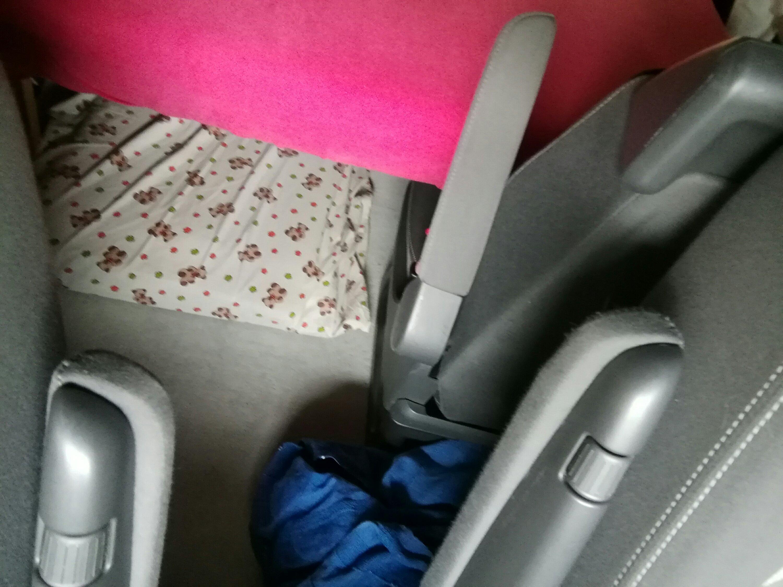 Etagenbett Vw Bus : Drei betten im vw bus rlebt